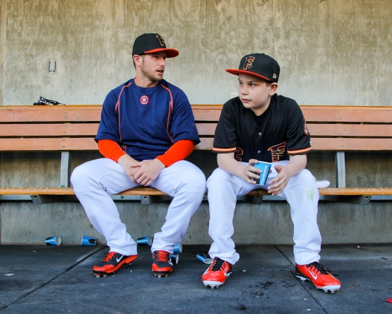 Presley chats with 11-year-old Jackson Standifer before the Grizzlies game on April 15th (photo by James Ramirez)